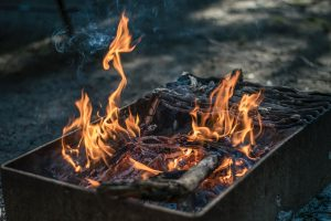 Cooking-Chicken-in-tinfoil-Packet-Over-Campfire